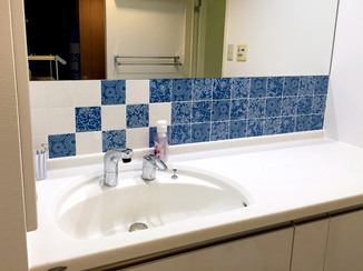 洗面リフォーム タイルが彩る広々としたこだわりの洗面所