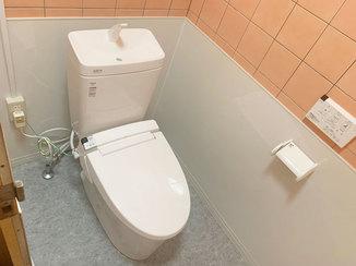 トイレリフォーム お店の常連さんも喜ぶ、土足で入れる洋式トイレ